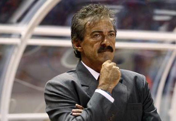 Ricardo La Volpe es el nuevo técnico de Jaguares de Chiapas (Fotografía: huffpost.com)
