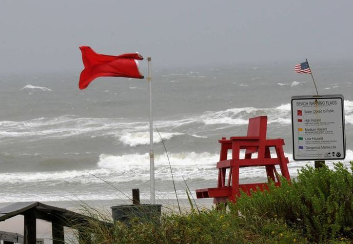 Las autoridades emitieron una nueva advertencia de tormenta tropical en la costa oriental de Estados Unidos. (Agencias)