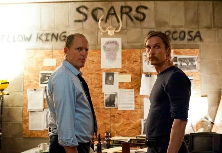 La serie 'True Detective', que en su primera temporada fue estelarizada por  Matthew McConaughey y Woody Harrelson, trae ahora a Colin Farrell. (jotdown.es)