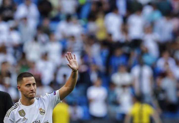 """""""He soñado con este momento desde que era muy chico"""", dijo el futbolista. (AP Foto/Manu Fernandez)"""