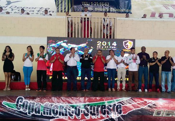 Ayer, en la celebración de los 25 años de Academias Lara dio inicio la Copa Sureste de Tae Kwon Do en Yucatán. (Milenio Novedades)