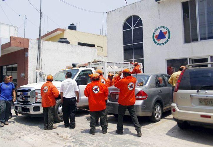 La Unidad de Protección Civil capacitará a 2 mil burócratas en la cultura del prevención. (Milenio Novedades)