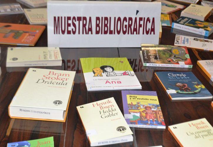 Con estos textos se tendrán más opciones de consulta para los usuarios de la bibliotecas. (Jorge Carrillo/SIPSE)