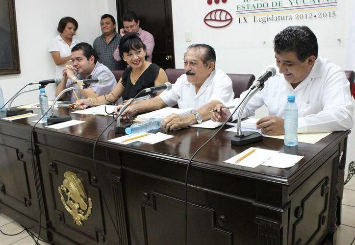 Diputados continúan analizando los dictámenes de cuentas pública que remitió la Auditoría Superior del Estado de Yucatán. (SIPSE)