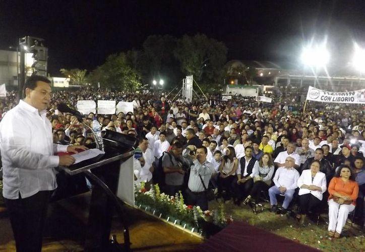Liborio Aguilar: los priistas tenemos que abrir los ojos y escuchar a la gente. (SIPSE)