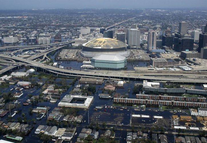 Lluvias intensas y calles inundadas en el sureste de Luisiana obligaron a desalojar a varios vecinos y suspender las clases. (Imagen de contexto/wikipedia.org)