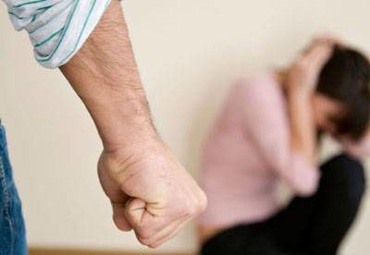 Son mínimos los casos en los que las agraviadas solicitan ayuda para detener a sus esposos por atacarlas físicamente. (Foto de Contexto/SIPSE)