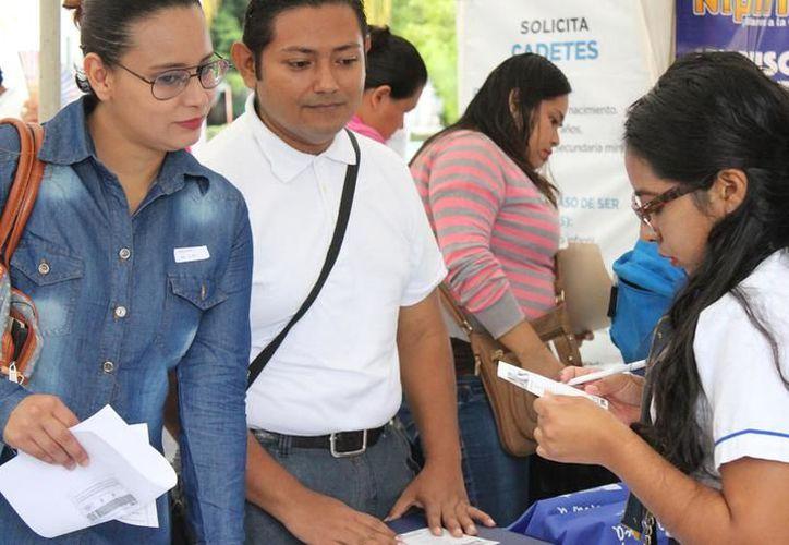 La Feria del Empleo concentró en un mismo espacio físico tanto a empresas como solicitantes. (Novedades Yucatán)