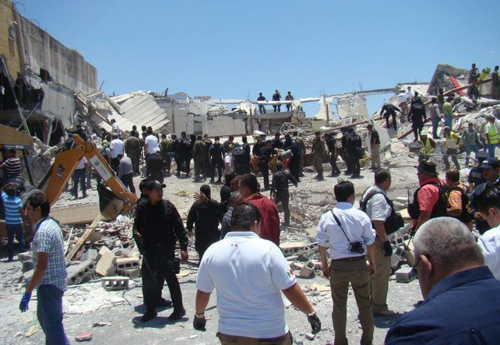 Tres de los lesionados a consecuencia de la explosión y derrumben en un centro comercial de Reynosa fueron internados en una Unidad de Quemados. (Notimex/Foto de archivo)