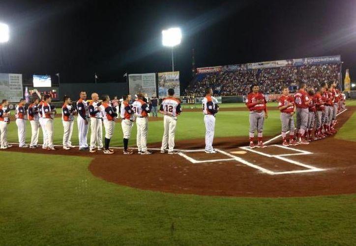 Los Tigres se enfrentarán a sus acérrimos rivales los Diablos Rojos este fin de semana en Cancún. (Redacción/SIPSE)