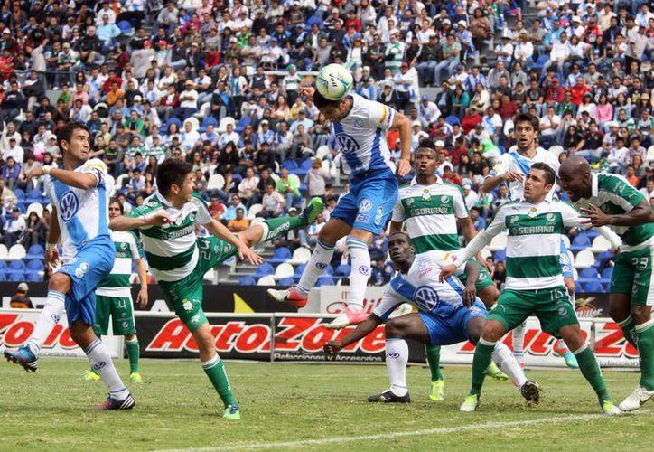 Después de caer ante el Puebla, Santos Laguna va contra el León. (Notimex)