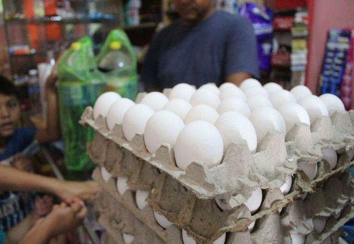 Los intermediarios mayoristas son quienes aumentan los precios en los productos. (Daniel Pacheco/SIPSE)