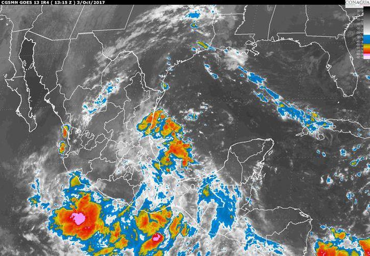 Existe un 80% de probabilidad de tormentas puntuales muy fuertes en Quintana Roo. (Servicio Meteorológico Nacional).