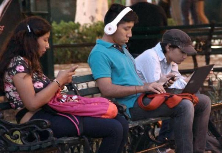 Yucatán en un año pasó del 41.3 al 61.7 % en cuanto a usuarios de redes sociales. (Milenio Novedades)