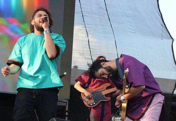 Porter se presentó este domingo en la décimo séptima edición del Festival Vive Latino. La banda ofreció un setlist con su más grandes éxitos. (Foto tomada de Facebook/Porter)