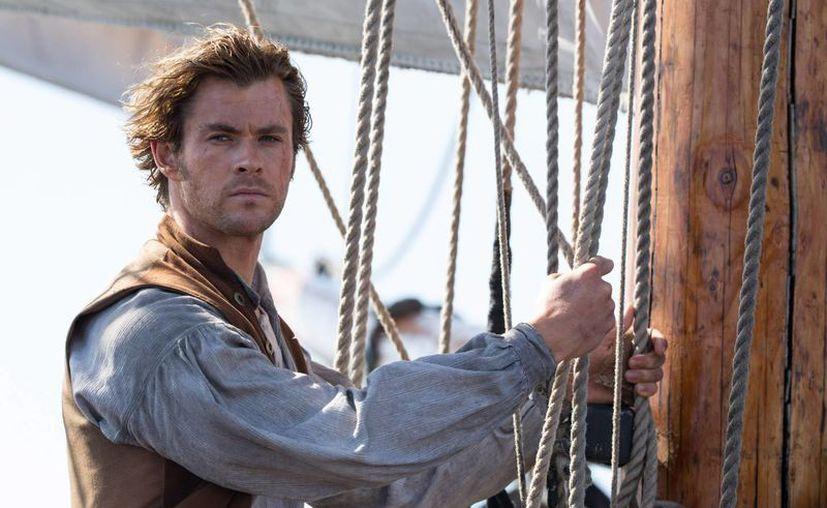 Chris Hemsworth volverá a interpretar a George Kirk, en la cuarta entrega de la franquicia. de 'Star Trek'. (americateve.com)