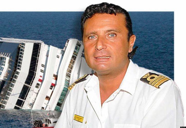 Schettino es imputado de naufragio, abandono de la nave y homicidio culposo, que le podrían costar hasta 20 años de prisión (magyarhirlap.hu)