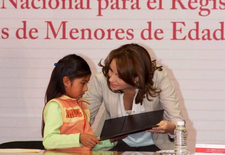 La Primera Dama dijo que se trabajará de cerca con los registros civiles en las entidades. (presidencia.gob.mx)