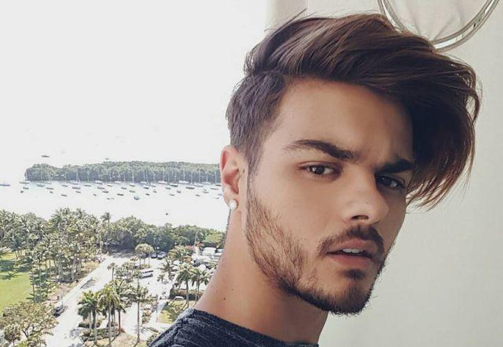 """El cantante español Abraham Mateo realiza una colaboración en el tema """"Háblame bajito"""". (Contexto/Internet)"""