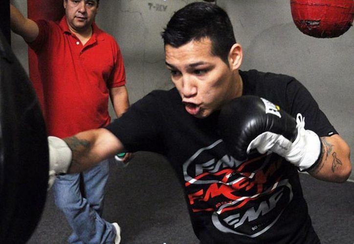 A sus 24 años de edad, Márquez Tadeo se ha hecho notar como uno de los púgiles más espectaculares en el ring. (zanfer.com.mx)