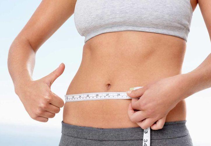 La única manera de bajar los kilos de más en el abdomen es con una buena rutina de ejercicio y la alimentación correcta. (Foto: Contexto)