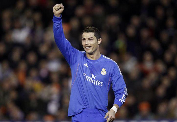 Mientras que Messi fue baja por lesiones, el portugués tuvo un año fenomenal y Ribery ganó todos los títulos importantes con el Bayern Munich. (Agencias)
