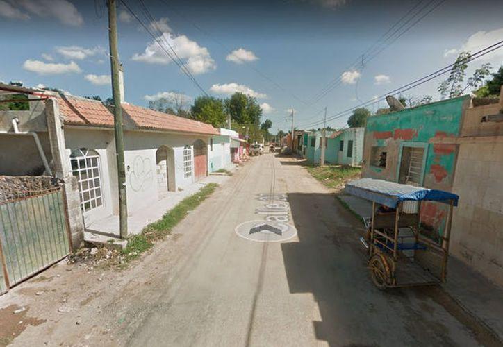 Un vecino de Maxcanú podría terminar en la cárcel por 'pasarse de vivo' con un predio el cual invadió y se niega a desalojar. (Google Maps)