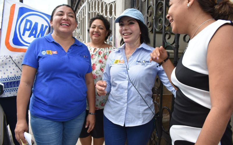 """Por un ambiente más limpio y un mejor futuro para las nuevas generaciones se pronuncia la candidata de la coalición """"Por Quintana Roo al Frente"""". (Redacción/SIPSE)"""