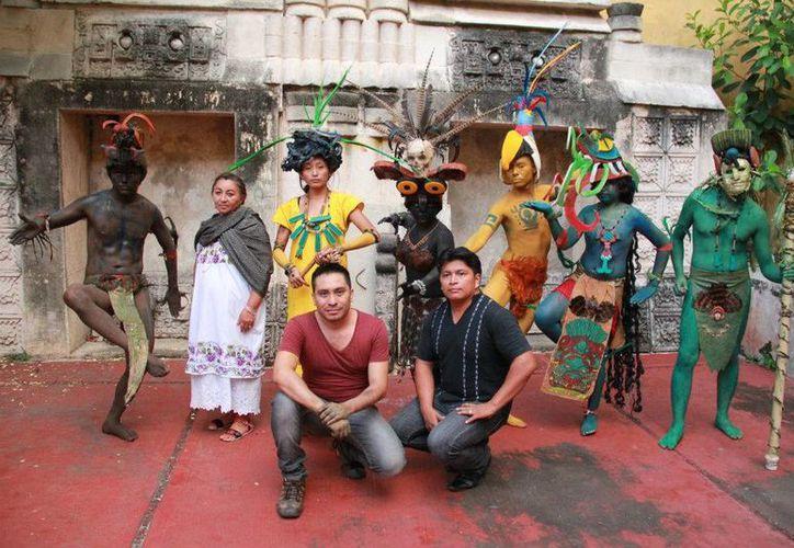 """El paseo de los astros este fin de semana en Oxkutzcab, en el marco del Festival de Teatro """"Wilberto Cantón"""" 2014, que organiza la Sedeculta. (Conaculta)"""