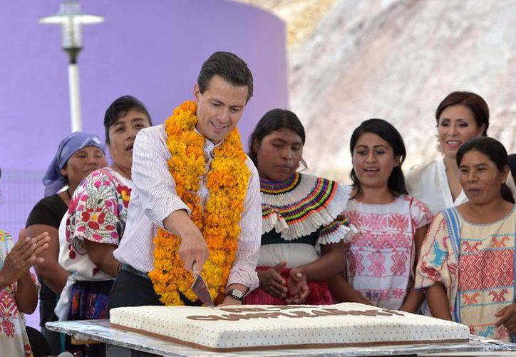 El presidente Peña Nieto celebra este jueves su cumpleaños número 51 y lo hará en su tierra natal, el Estado de México. (Contexto/Internet)