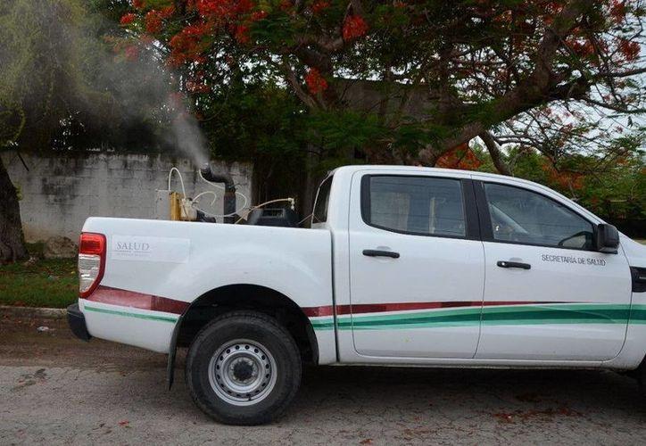 Las nebulizaciones se llevaron a cabo en distintos municipios de Quintana Roo. (Redacción/SIPSE)