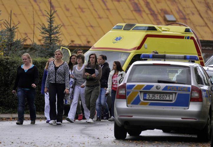 La mujer sospechosa del ataque es la misma que cometió un ataque similar dos años antes en otra ciudad checa. (AP)