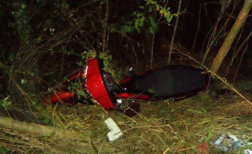 El motociclista perdió el control de su moto en el tramo carretero entre Tekax y Akil. (SIPSE)