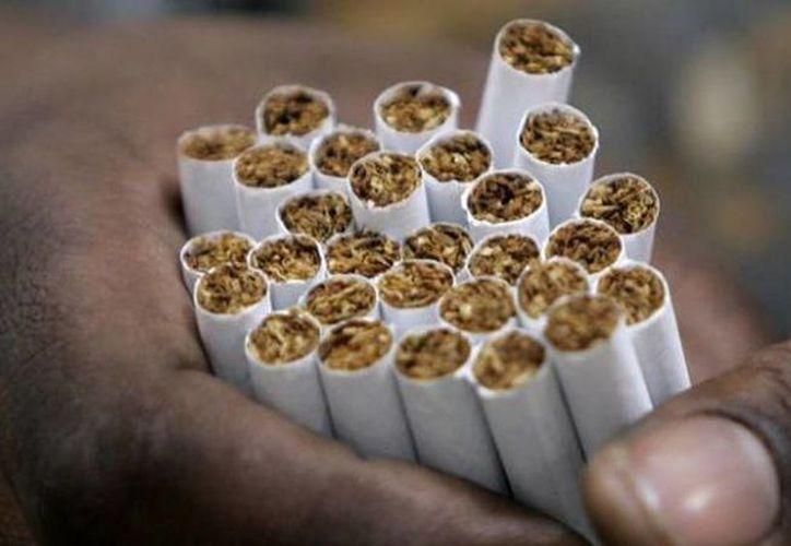 La PGR confiscó 16 millones 387 mil 160 cigarros 'pirata', en un operativo en la delegación Iztapalapa del DF. (Imagen de contexto/noticierostelevisa)