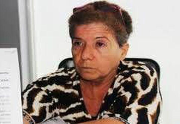 Ligia Canto Lugo asegura que sus nietos fueron sustraídos por el padre de los menores, Martín Alberto Medina Sonda, quien tiene 67 amparos para que la madre no pueda recuperarlos. (Milenio Novedades)