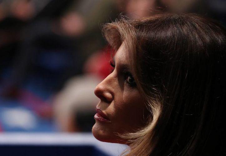 Melania Trump habla por primera vez sobre los polémicos comentarios sobre las mujeres que causaron polémica en la campaña de Donald Trump. (EFE)