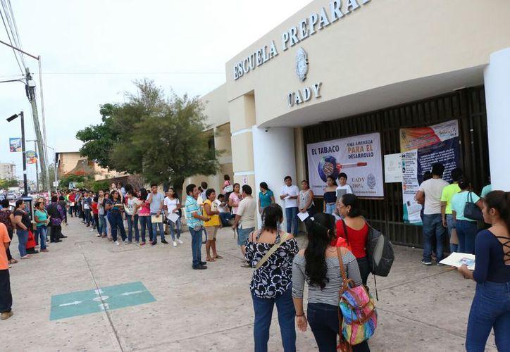La Prepa Uno tiene un cupo aproximado para mil 300 alumnos. (José Acosta/ Milenio Novedades)