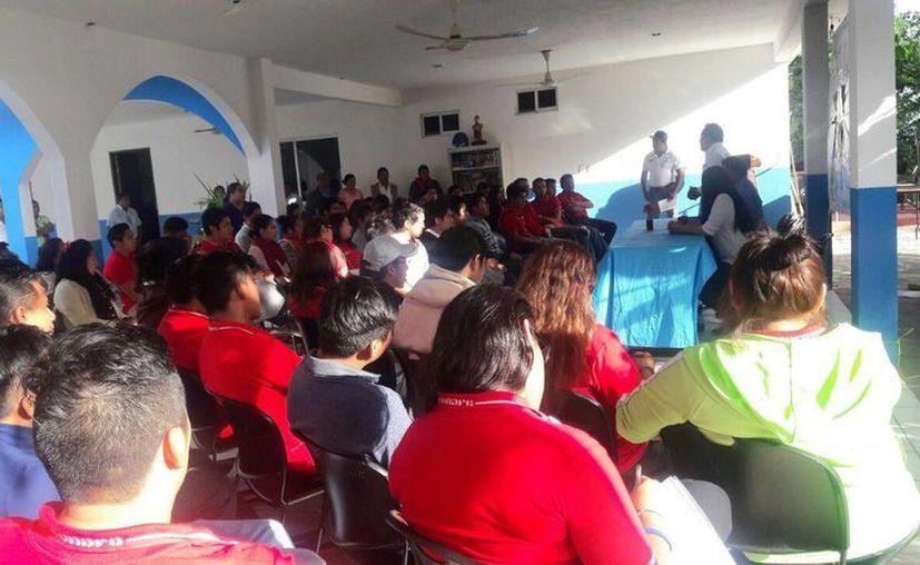 El evento se realizó en la sede del IEEJA, ubicado sobre la calle Adolfo López Mateos. (Raúl Balam/SIPSE)