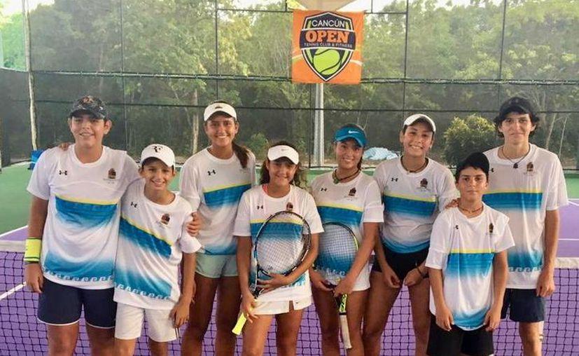La delegación del estado culminó el segundo día de actividades del tenis. (Ángel Villegas/SIPSE)