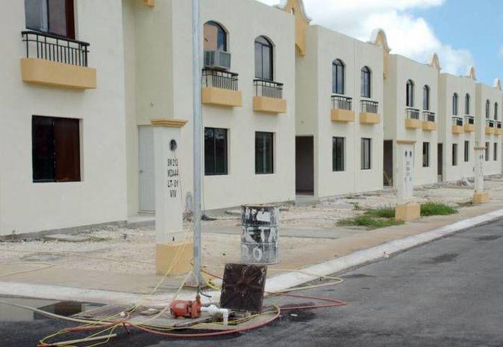 Hay mas de dos mil viviendas disponibles que oferman más de 10 inmobiliarias en Benito Juárez y Solidaridad. (Archivo/SIPSE)