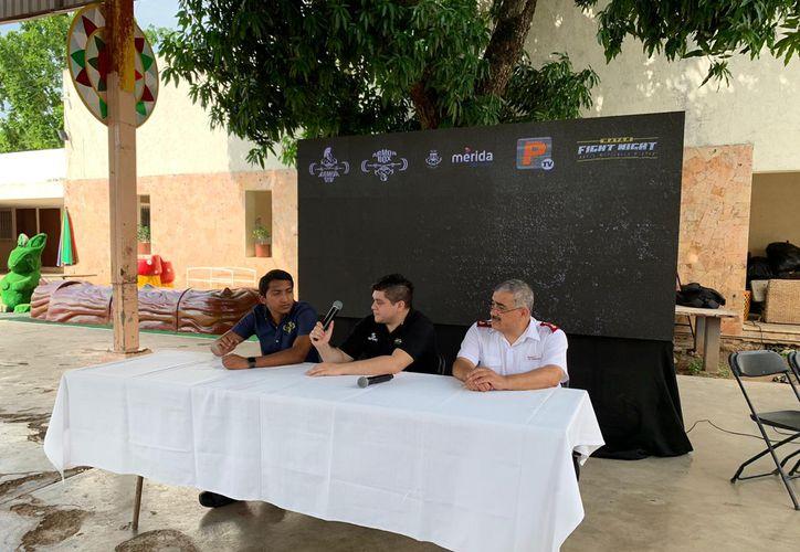 Al día siguiente de la función de Artes Marciales Mixtas, también en Cordemex habrá boxeo profesional. (Novedades Yucatán)
