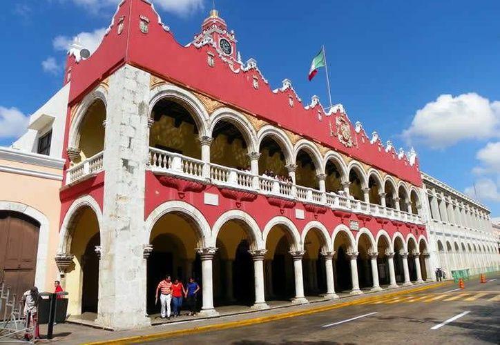 Reducen en el Cabildo el rubro de servicios personales en un 4 por ciento. Imagen de contexto del Ayuntamiento de Mérida. (Milenio Novedades)