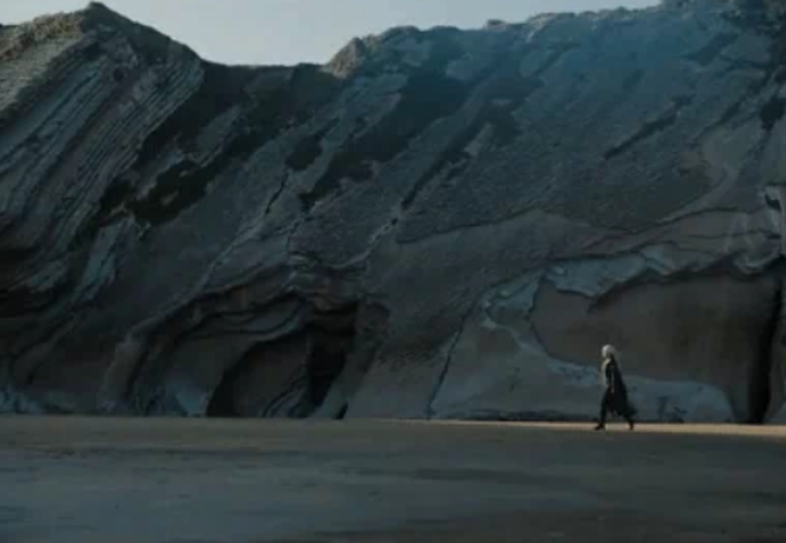 Daenerys Targaryen finalmente tocó la playa de Westeros. (Captura de Pantalla).