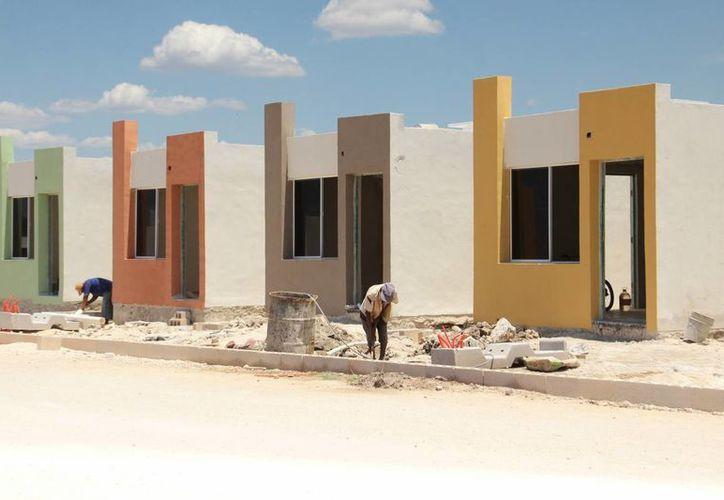 El Gobierno de Yucatán en conjunto con los promotores de vivienda pedirán 100 mdp extras para la construcción de viviendas. Imagen de contexto. (Milenio Novedades)