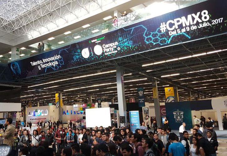 La mayoría de los estudiantes asistieron al Campus Party con ayuda de una beca. (Foto: The Huffington Post)