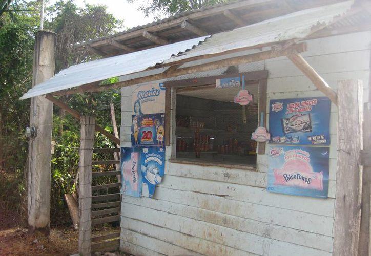 Algunos comerciantes prefieren vender en casa  para evitar presentar declaraciones. (Javier Ortiz/SIPSE)