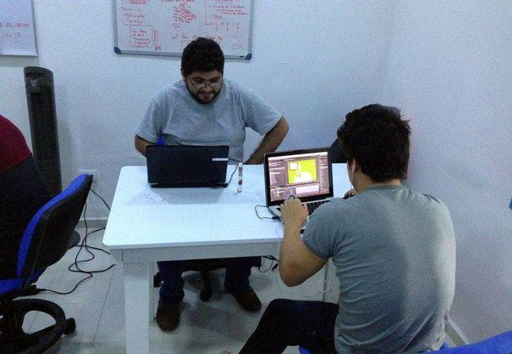 Para acceder al curso se necesita una laptop con ciertas especificaciones. Imagen de las  instalaciones del Coworking Closerme. (Milenio Novedades)