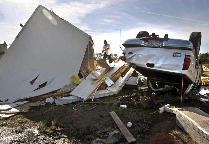 Una serie de tornados está afectados regiones de Estados Unidos. (AP)
