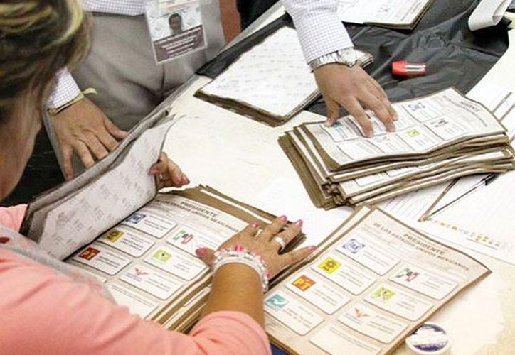 El INE no realiza encuestas sobre preferencias electorales en ningún momento de la elección. (Contexto/Internet)