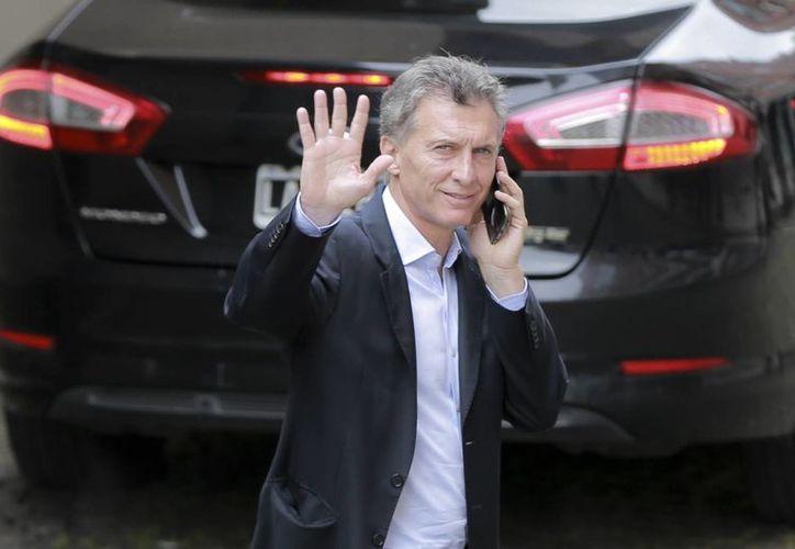 En la imagen, el presidente electo de Argentina, Mauricio Macri, quien festejó de manera efusiva su triunfo electoral. (EFE/Archivo)
